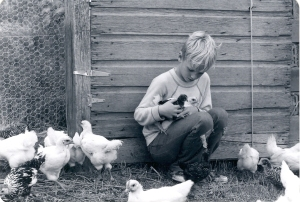 Jeremy and chickens0001